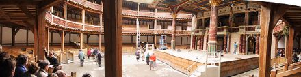 640px-The_Globe_Theatre,_Panorama_Innenraum,_London